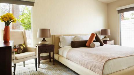 hotel1320x742.jpg